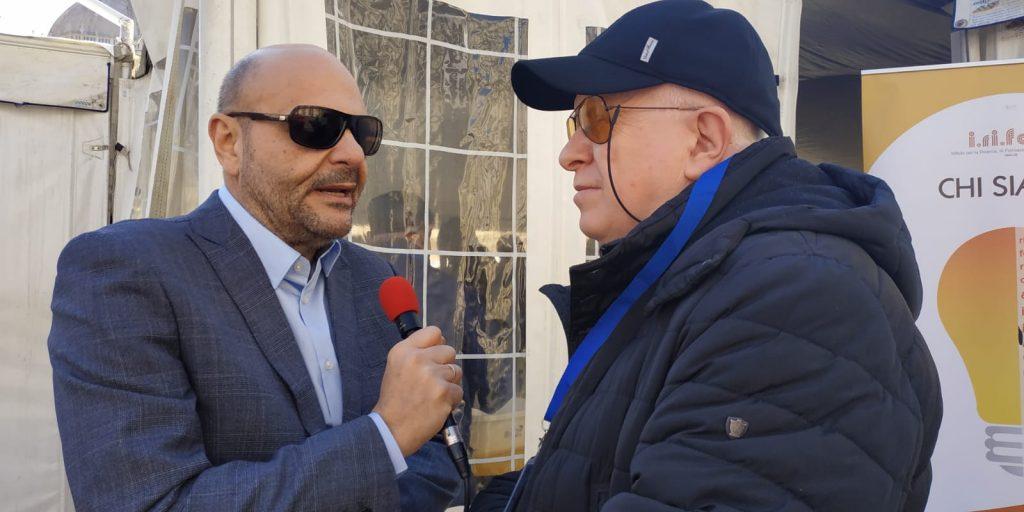 Il Presidente Nazionale Mario Barbuto e il responsabile stampa associativa Vincenzo Massa intervengono su Slash Radio per raccontare l'inizio della manifestazione foto 2