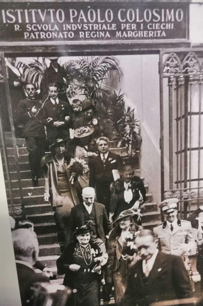 Foto dell'ingresso dell'istituto Paolo Colosimo